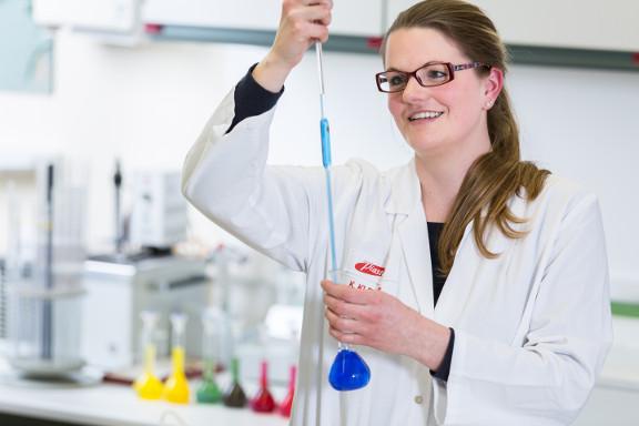 Chemielaborant Berufsbild